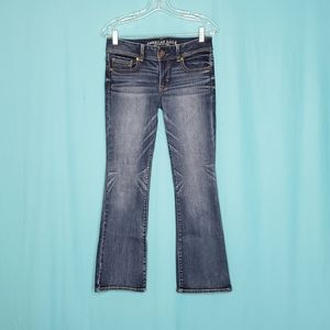 3/$25 American Eagle Outfitters Kick boot jeans